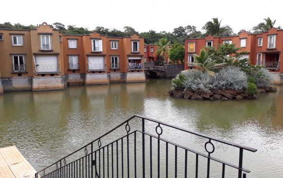 Unfurnished Renting - Villa -
