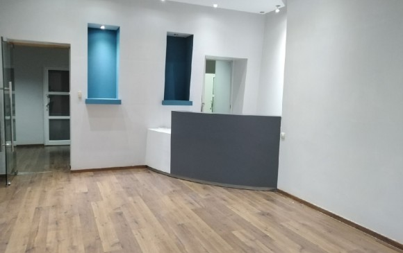Unfurnished Renting - Office(s) -