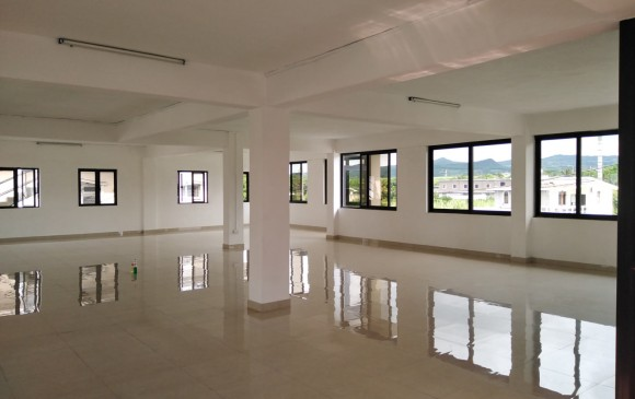 Unfurnished Renting - Office(s) - calebasses