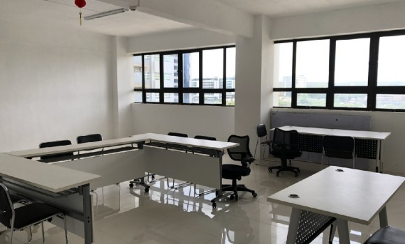Unfurnished Renting - Office(s) - ebene