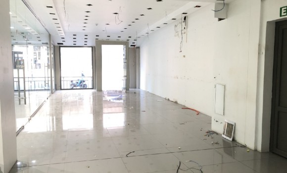 Unfurnished Renting - Commercial space -